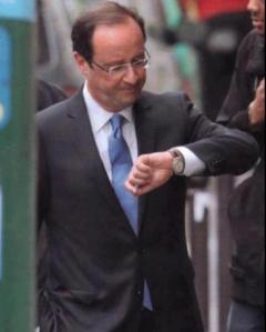 François Hollande et sa montre à l'envers