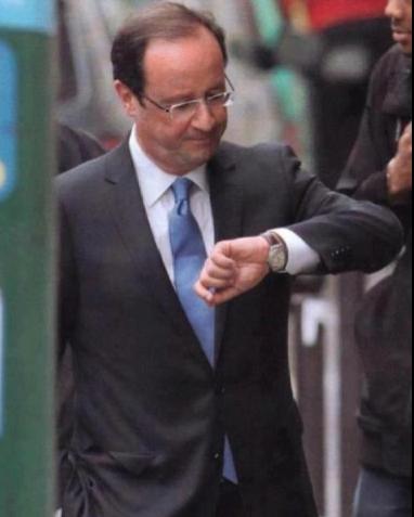 Fran%C3%A7ois-Hollande-et-sa-montre-%C3%A0-lenvers.png