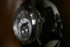 Couronne-manille-montre-charriol-GMT-Grande-Date-Colvmbvs