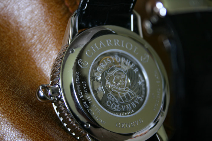fond-transparent-Charriol-Colvmbvs-GMT-montre