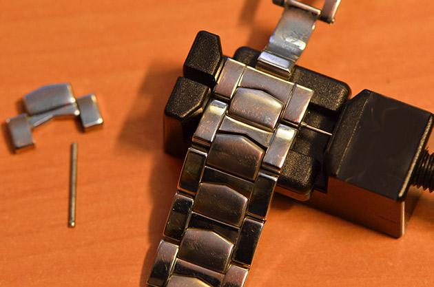remettre-goupillon-maillon-bracelet-montre