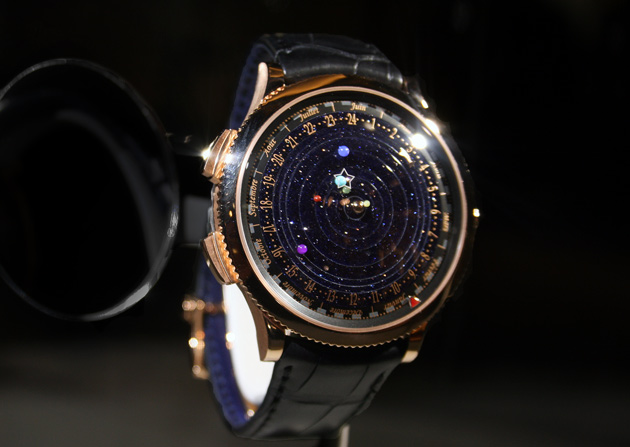 Midnight-Planetarium-Van-Cleef-and-Arpels