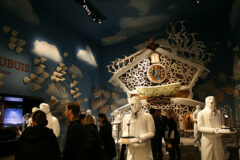 Stand-Roger-Dubuis-SIHH-2014