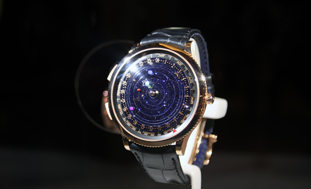 Van-Cleef-and-Arpels-Midnight-Planetarium