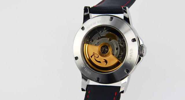 r-watch-montre-rotor-or