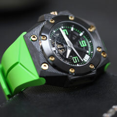 Linde-Werdelin-Oktopus-Double-Date-Carbon-Green