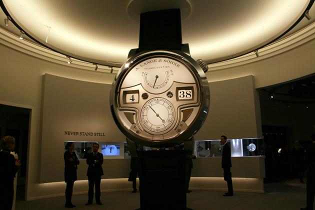montre-A-Lange-Soehne-Zeitwerk-Répétition-Minutes