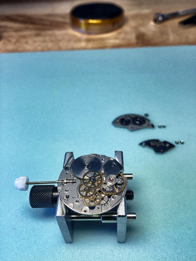 demontage-calibre-mouvement-eta-7001
