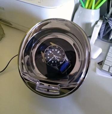 Remontoir-pour-montres-automatiques-carbone-02