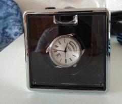 Remontoir-pour-montres-automatiques-cuir-02